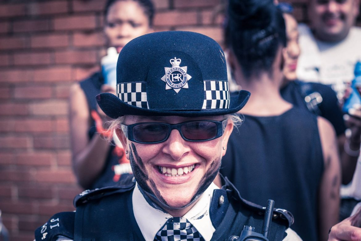 """Alt=""""policewoman at Notting Hill Carnival"""""""